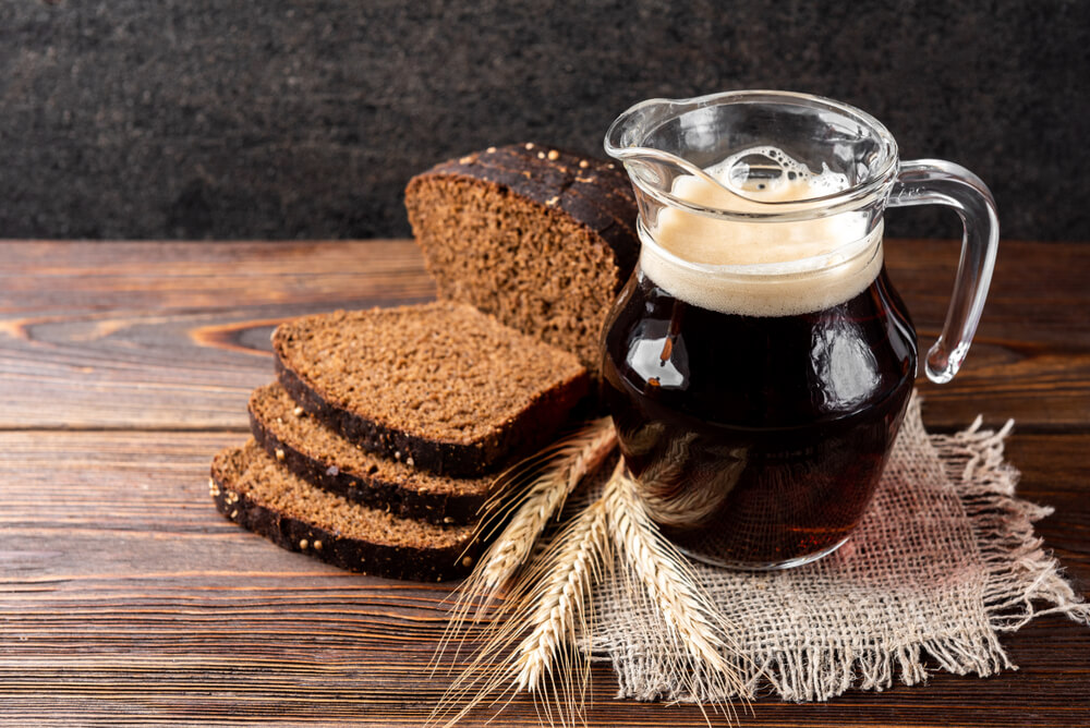 Kvass with bread