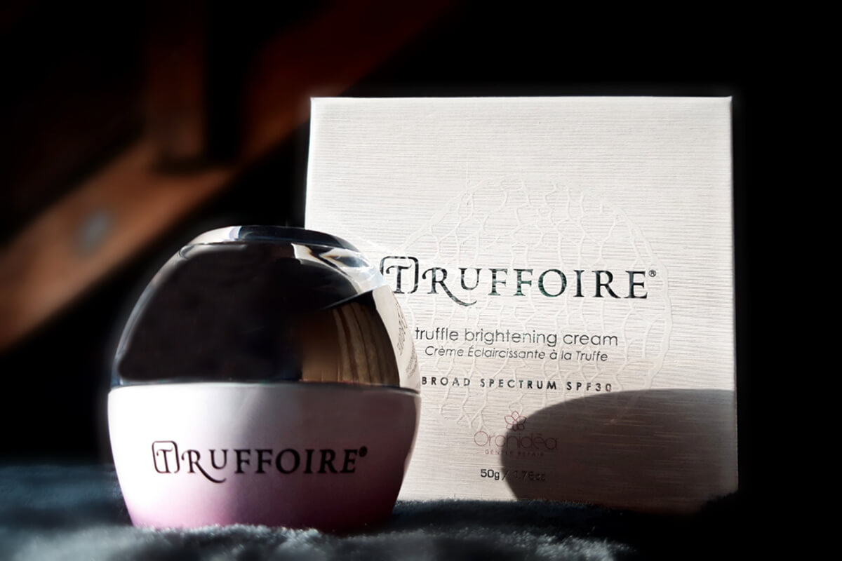 Truffoire Brightening Cream in front of box